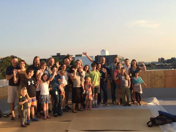 The residents gathered for a rooftop portrait (Images: Capitol Hill Urban Cohousing)