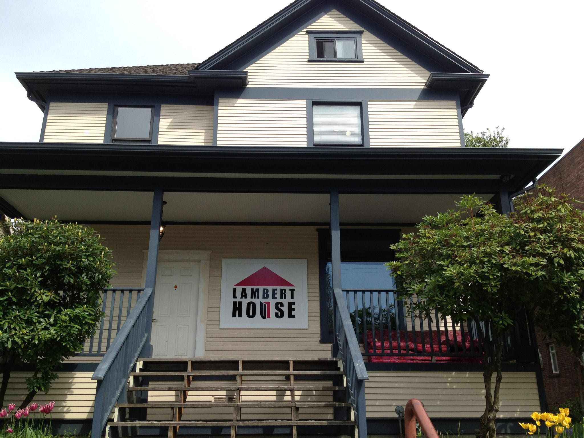 buy or move lambert house faces 2m decision on capitol hill home chs capitol hill seattle. Black Bedroom Furniture Sets. Home Design Ideas