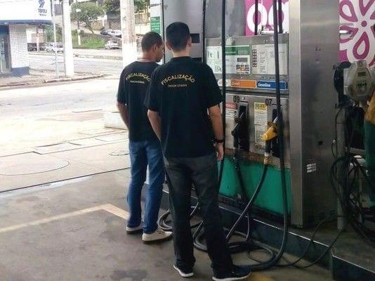 Procon age para reduzir o preço do combustível no Espírito Santo