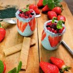 Dessert fraise spiruline en poudre