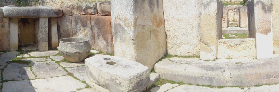 """Résultat de recherche d'images pour """"les temples mégalithiques Mnajdra malte"""""""