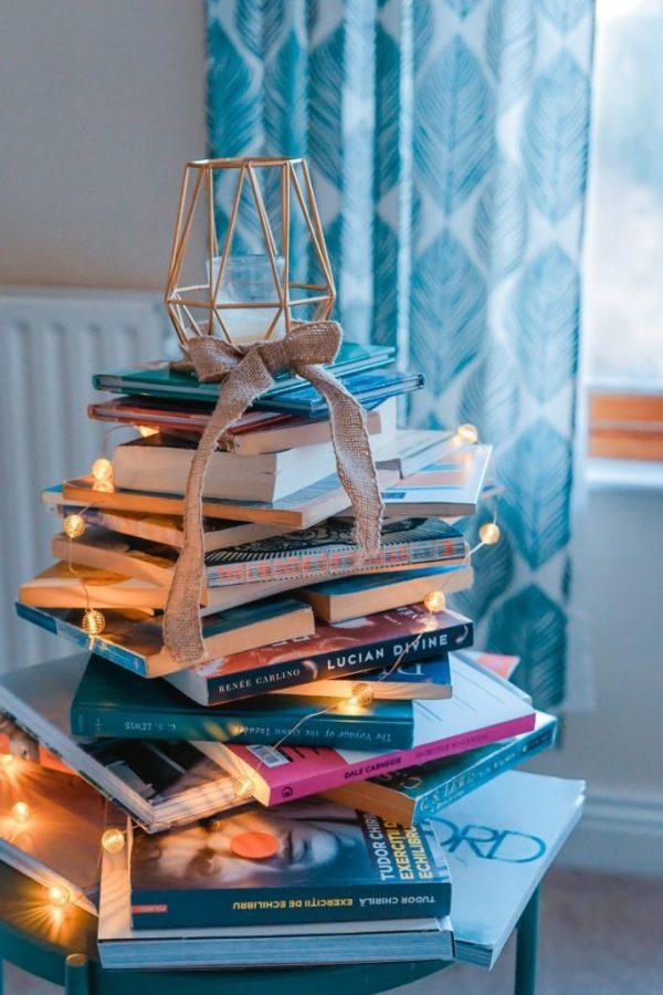 Books Photo by Toa Heftiba on Unsplash