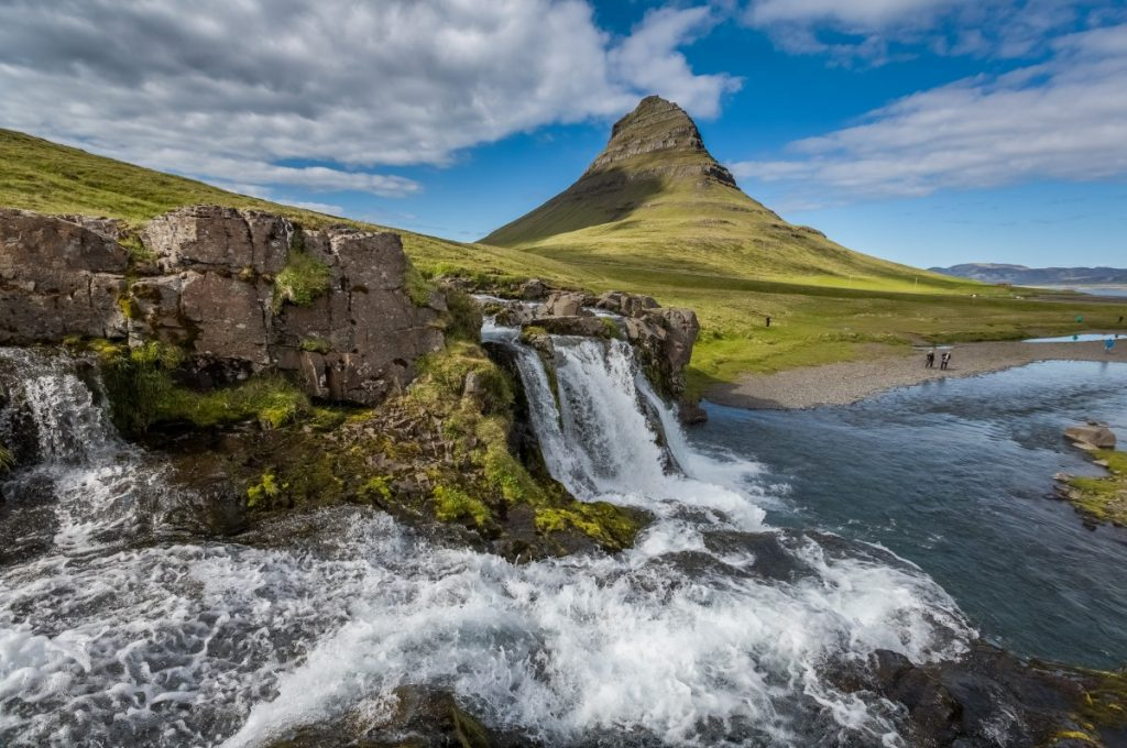 Iceland kirkjufellsfoss sumarid