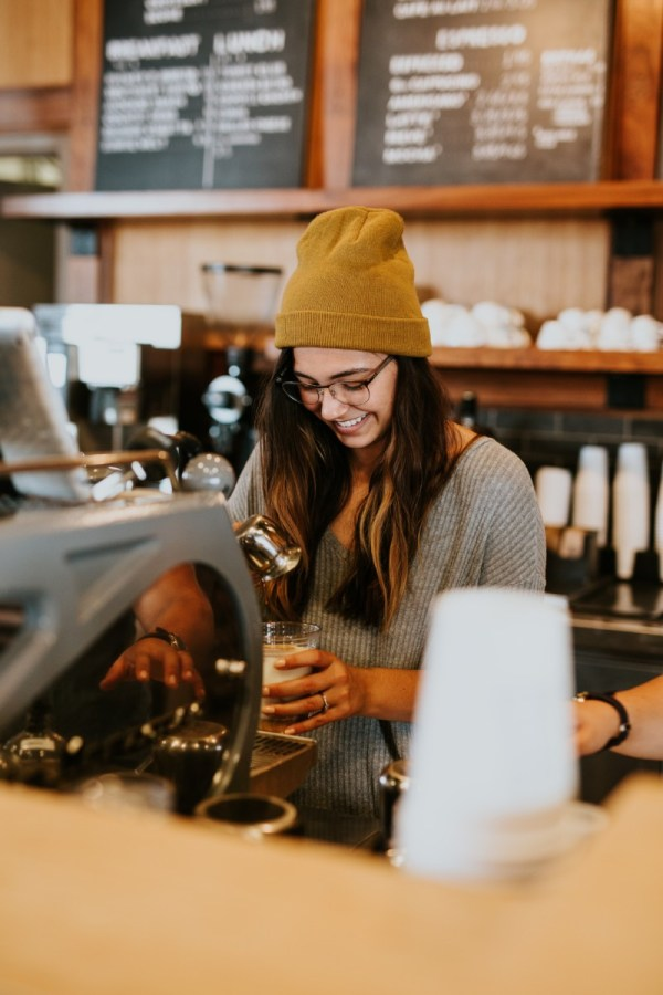 girls coffeeshop