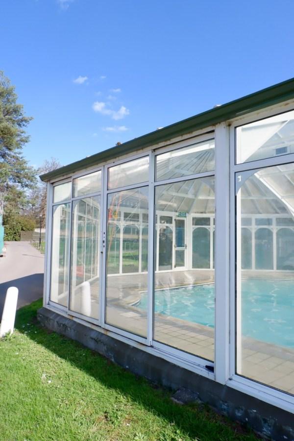 foxhills pool