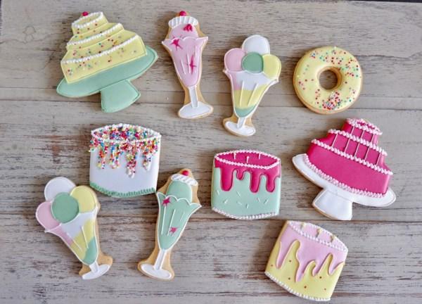 biscuiteers happy birthday tin