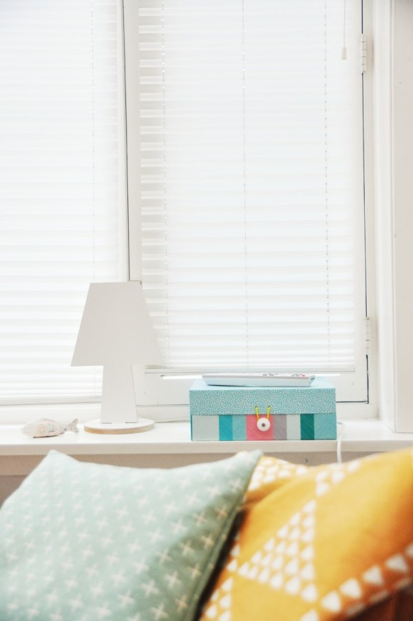 blinds bedroom