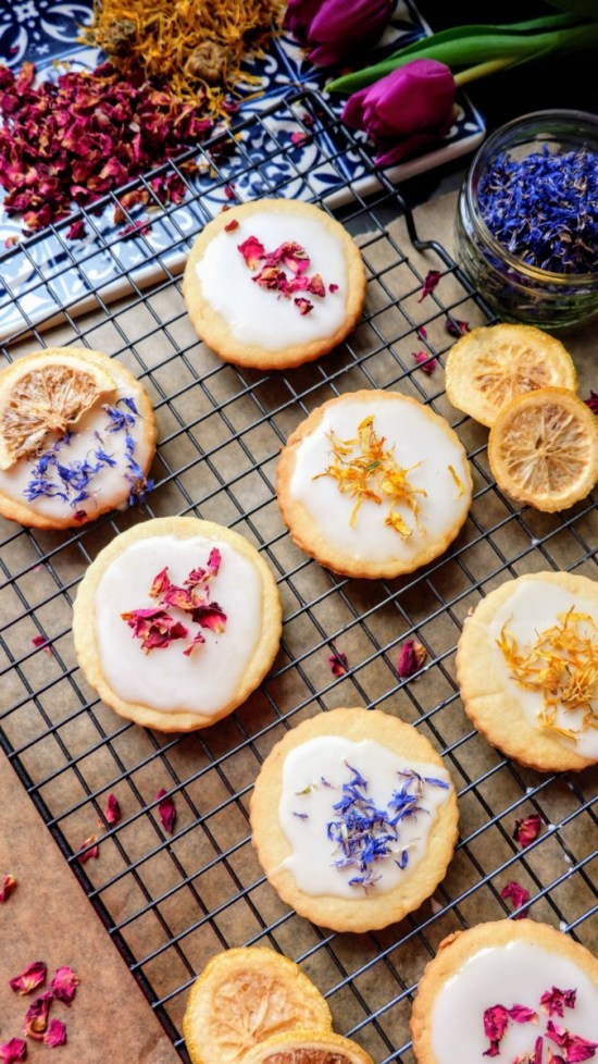 vegan lemon vanilla biscuits