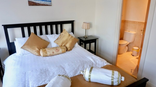 burlington apartments holiday apartments Boscombe