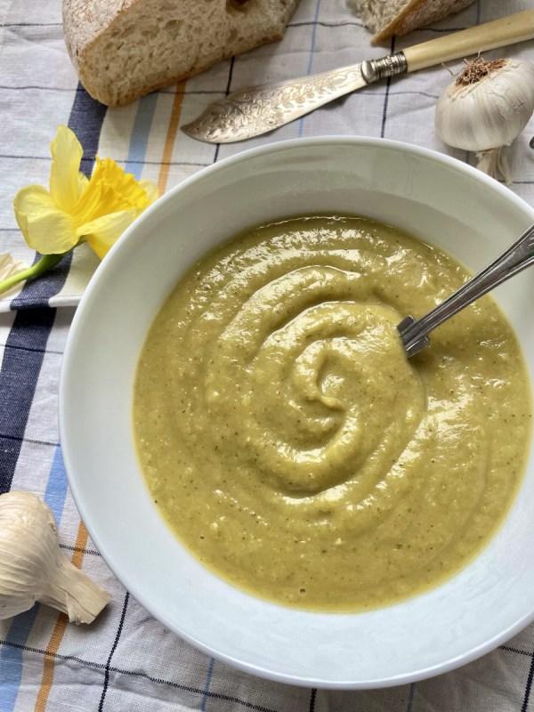 simple vegan broccoli soup