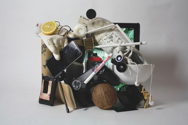 clutter mess stuff