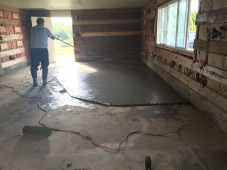 Concrete topping/levelling in Aldergrove