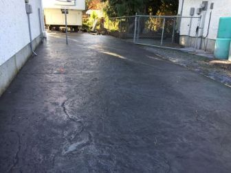 granite-stamped-concrete-driveway-1
