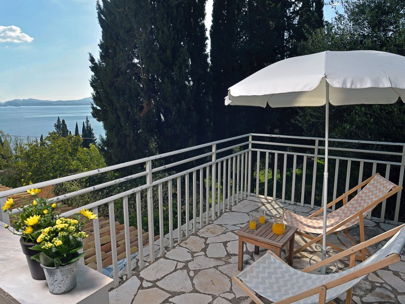 Studio with sea and country view in Barbati Corfu