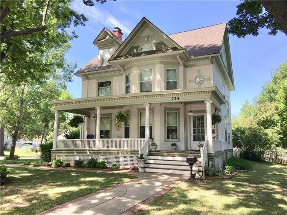 1897 Victorian For Sale In Ottawa Kansas $315,000 734 S Main St, Ottawa,  Kansas, 66067 4 Beds ¦ 3 Baths ¦ 3,937 Sq Ft ¦ 0.79 Acres Victorian Property  ...