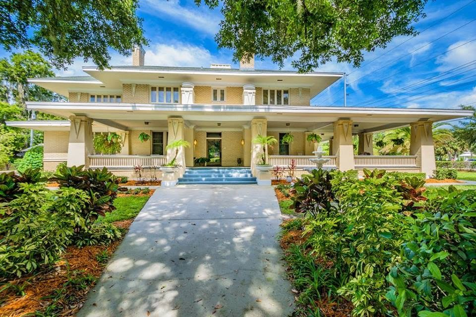 1917 Bungalow - The Deen House For Sale In Lakeland Florida