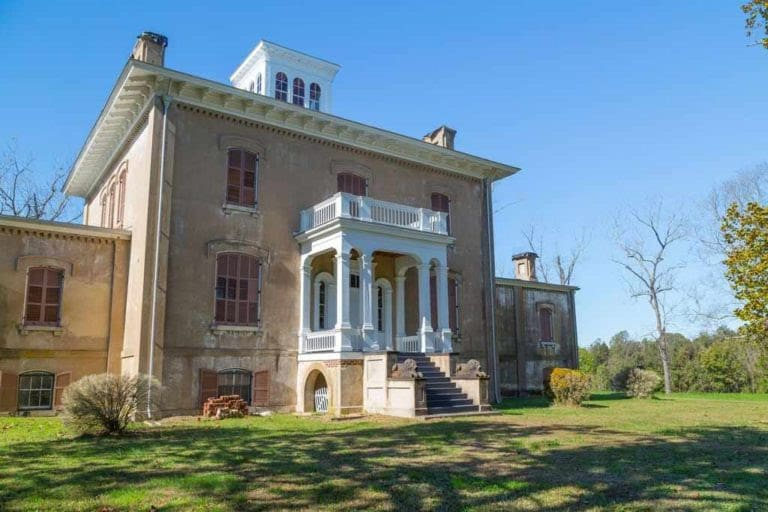 1856 Abandoned Mansion on 410 acres In Virginia