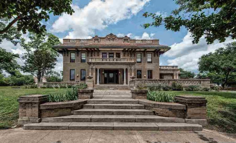 1910 Miguel House For Sale In Waco Texas Captivating Houses