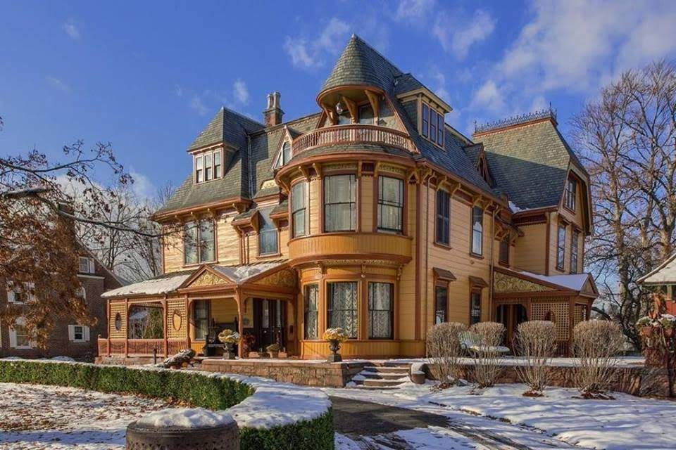 Admirable 1892 Hoyt Mansion For Sale In Lowell Massachusetts Download Free Architecture Designs Jebrpmadebymaigaardcom