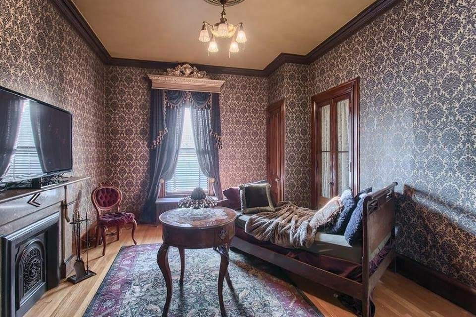 1892 Hoyt Mansion For Sale In Lowell Massachusetts