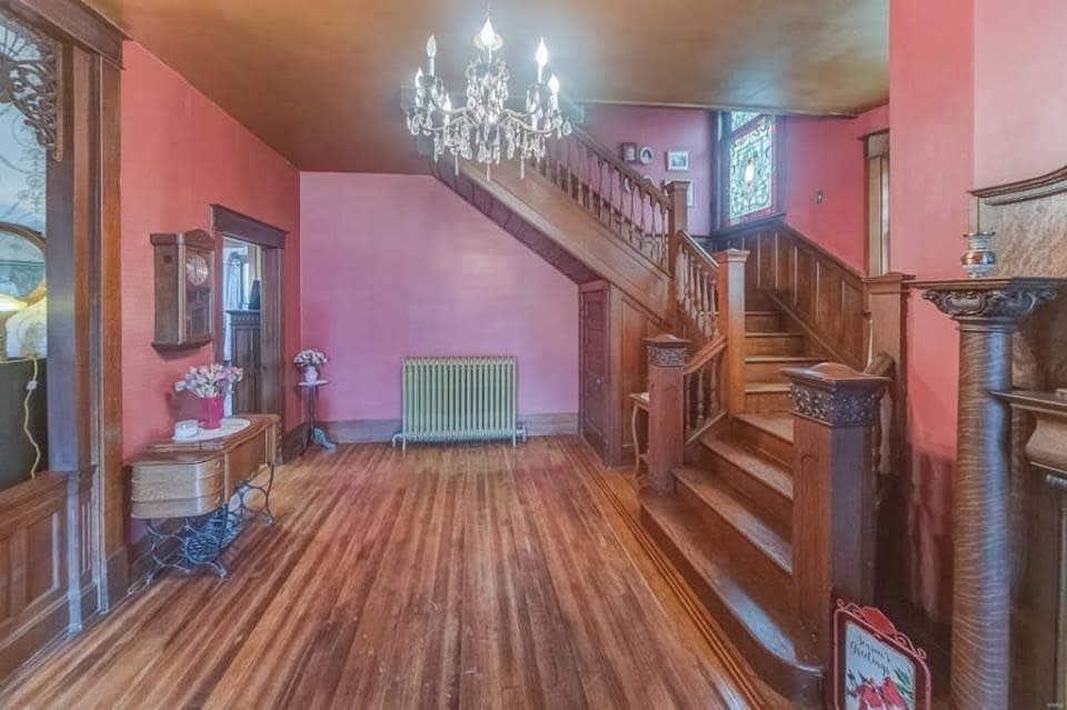 1907 Victorian For Sale In Aviston Illinois