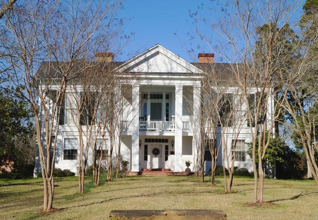 old houses for sale in mississippi archives captivating houses rh captivatinghouses com Mississippi Antebellum Plantation Homes Mississippi Delta Plantation Homes