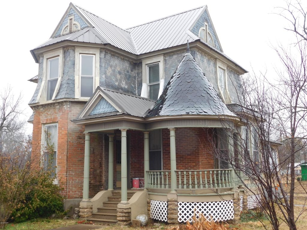 Cheap Old Houses — Captivating Houses