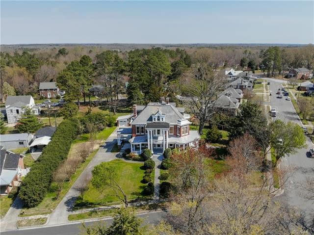 1910 Mansion For Sale In Crewe Virginia