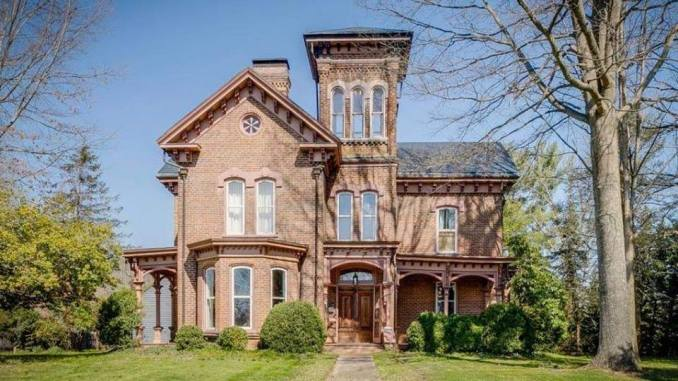 Strange Old Houses For Sale In Tennessee Archives Captivating Houses Download Free Architecture Designs Pendunizatbritishbridgeorg