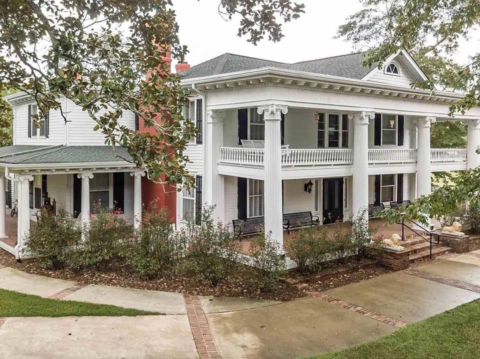 1832 Plantation In Greenville Georgia — Captivating Houses
