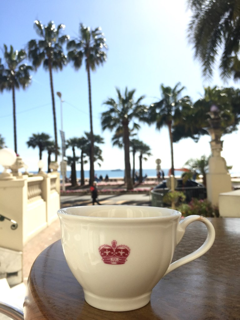 Afternoon Tea - Carlton Cannes © Capucineee.com