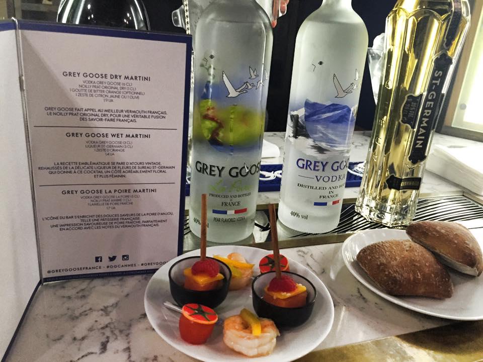 Le plus petit bar à dry Martini est à Cannes © Capucineee.com