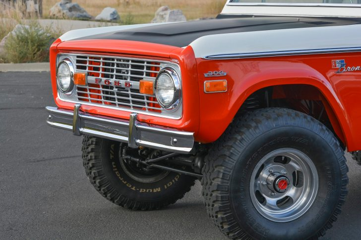 1971 Ford Bronco Stroppe Baja Edition 13