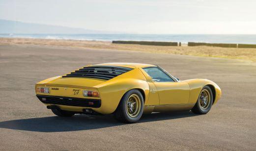 1971 Lamborghini Miura P400 SV 2