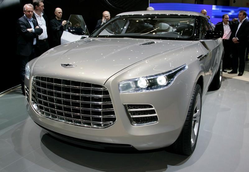 2009 Aston Martin LAGONDA SUV Concept 3