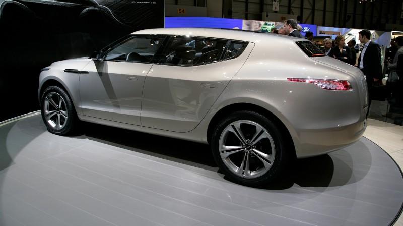 2009 Aston Martin LAGONDA SUV Concept 6