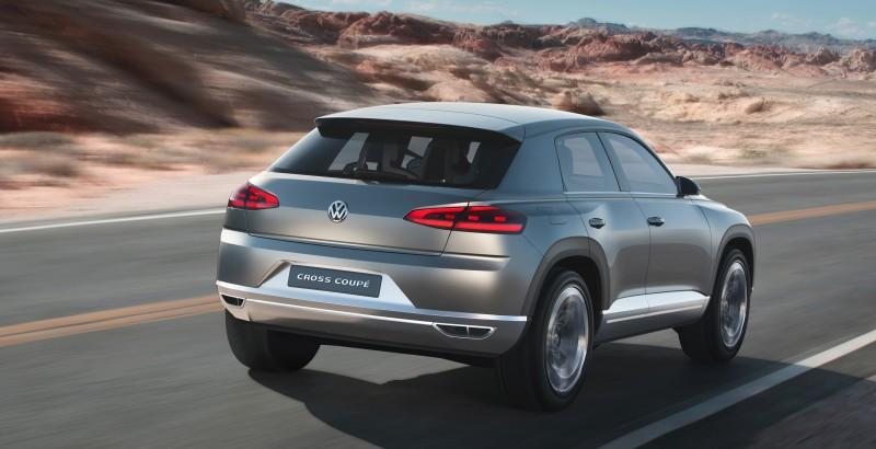 2011 Volkswagen Cross Coupe SUV Concept 31