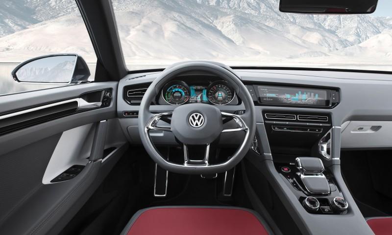 2011 Volkswagen Cross Coupe SUV Concept 34