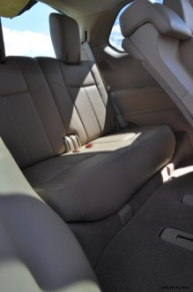 2014 Nissan Pathfinder Platinum Inside and Out20