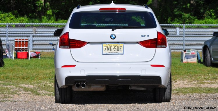 BMW X1 sDrive28i M Sport - Alpine White in 60 High-Res Photos4