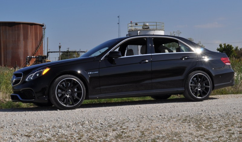 CarRevsDaily.com - Fun Car Gifs - 2014 E63 AMG 4MATIC S-Model in 30 High-Res Images8