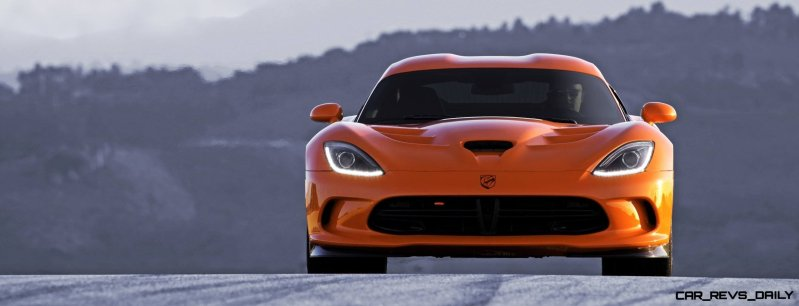 2014 SRT Viper Brings Hot New Styles and Three New Colors27