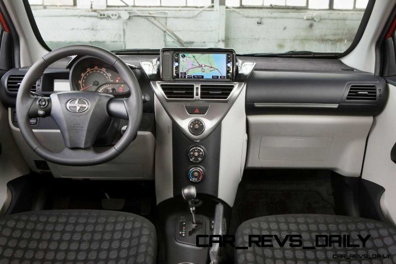 2014 Scion iQ Glams Up With Two-Tone EV and Monogram Editions 11