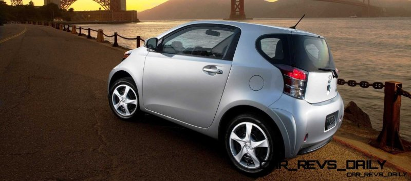 2014 Scion iQ Glams Up With Two-Tone EV and Monogram Editions 6