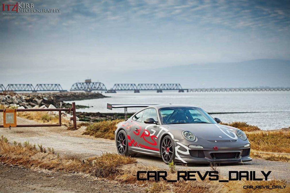 ItzKirb Captures the Wild Graphics of this Porsche 911 GT3 RS 1