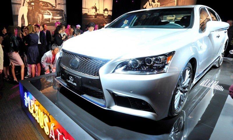 2013_Lexus_LS_World_Premiere_002