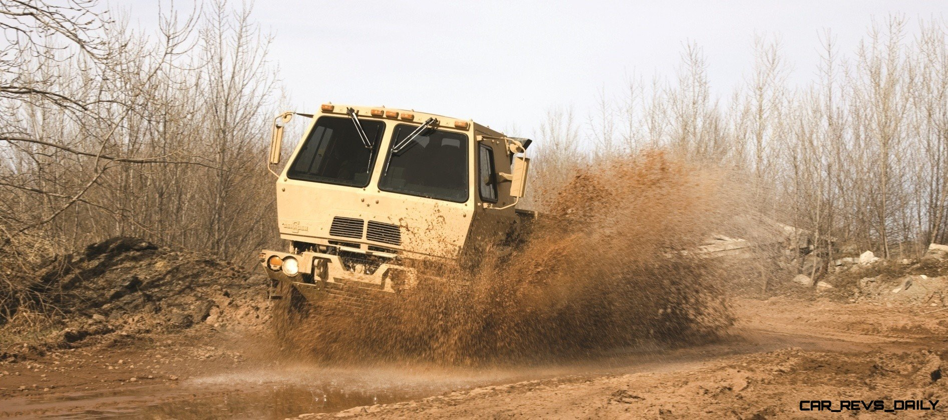 CarRevsDaily.com - Oshkosh Defense Medium and Heavy Showcase 2