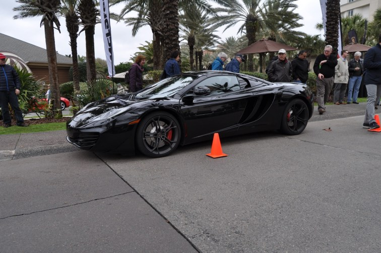 2014 McLaren 12C Spider Is Mobbed in Amelia Island! Failed Drop-top Animations 19