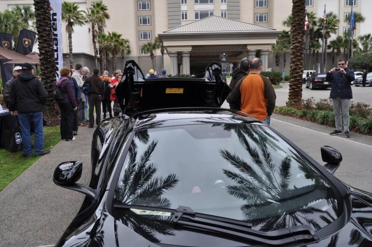 2014 McLaren 12C Spider Is Mobbed in Amelia Island! Failed Drop-top Animations 31