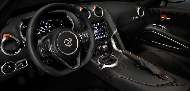 2014 SRT Viper Brings Hot New Styles and Three New Colors14